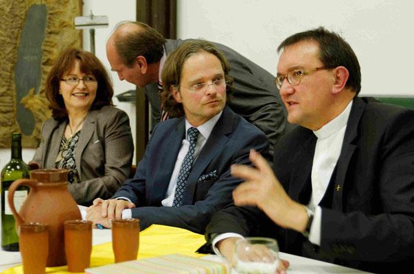 . Dr. Christl Meier, Pfr. Reiner Degenhard, Dekan Jörg Lauster, Bischof Hein