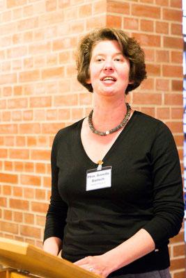Pfarrerin Annette Bartsch berichtete von der Landessynode