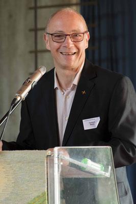Der Vorsitzende des Lektorenbeirates Hartmut Baum