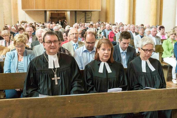 Bischof Prof. Dr. Martin Hein, Dekanin Petra Hegmann, Pfarrerin Beate Ehlert
