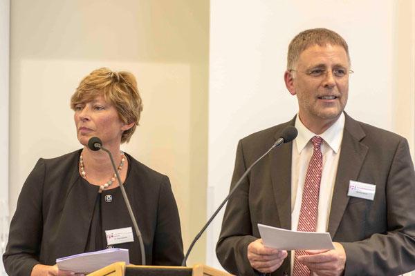 Moderation Studienleiterin Dr. Anke Kaloudis und Studienleiter Matthias Ullrich