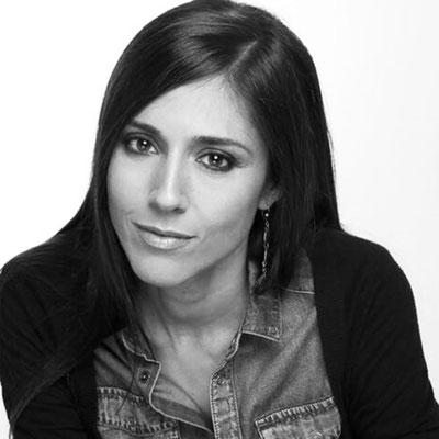 CAROLINA GONZÁLEZ: Escenógrafa