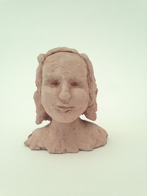 Hannah (Ton, 9.5 cm, 2016)