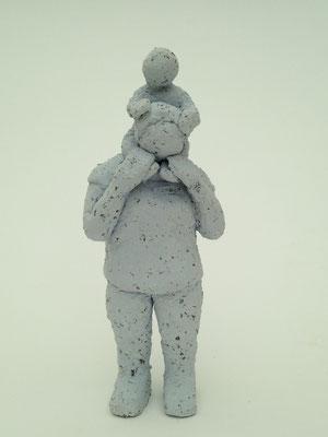 Mutter mit Kind (Ton, 13.5 cm, 2016)