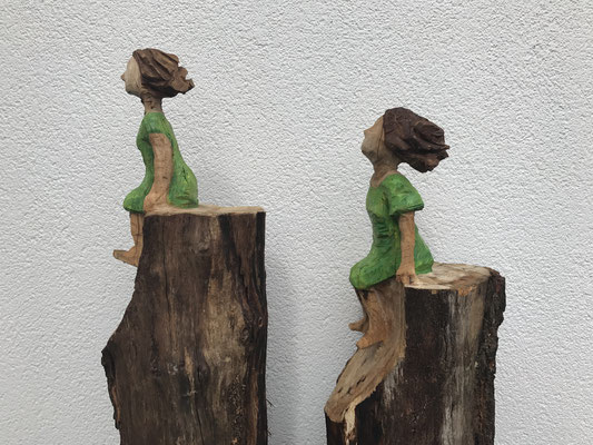 Kleine Sitzende (Eiche, 138 cm, 2017)