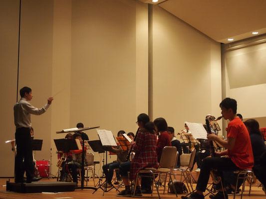 ハーバーライツ・コンソート大ホール練1