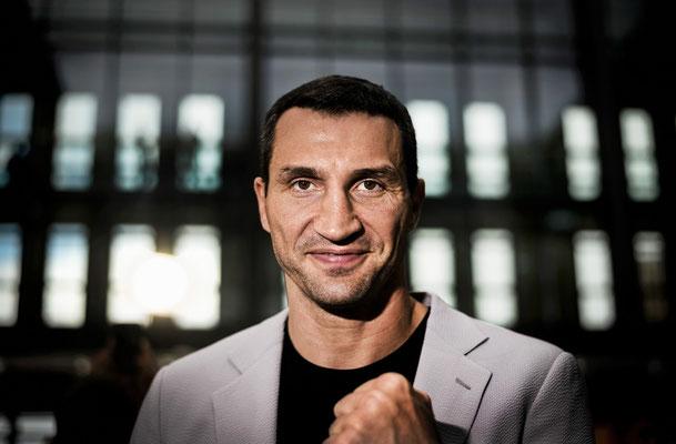 Boxer Wladimir Klitschko posiert für ein Portrait. Corporate-Fotografie, Businessportrait Portrait