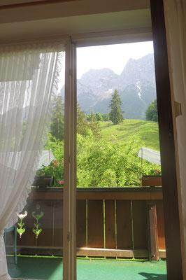 Der Blick zum Balkon