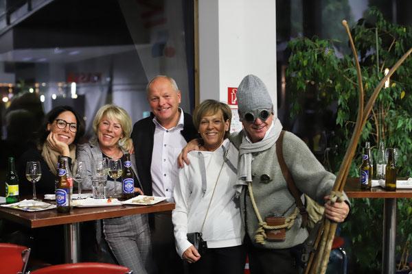 Ute und Paul Sodamin und die Familie Ahorner - Sandra, Ingrid und Leander.