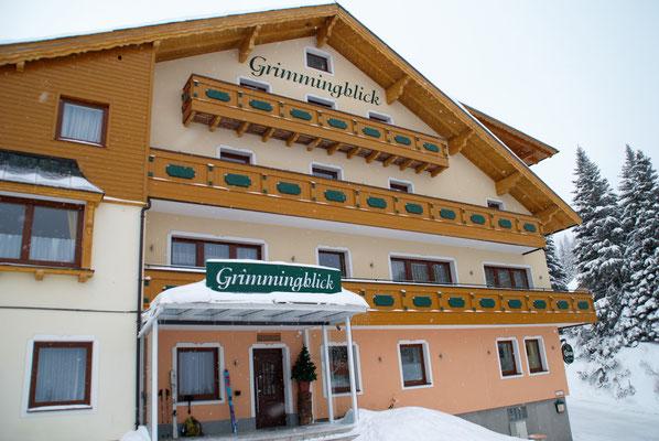 Die Familie Stieg bietet mit ihrem Gasthof Grimmingblick die perfekte Basis zum Schitourengehen auf der Planneralm!