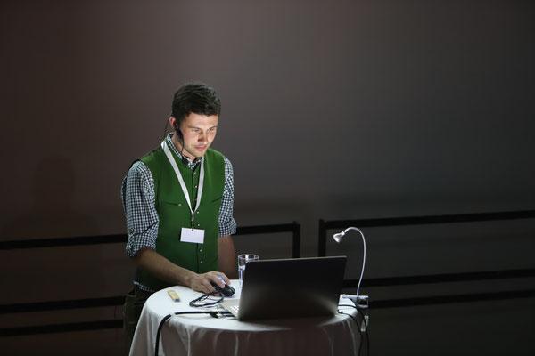Thomas Kogler vom Obergaisberg aus Kirchberg in Tirol informierte in seinem Vortrag über die Schitourenlenkung Tirol.
