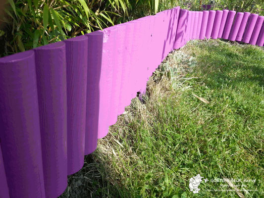 Mise en valeur de mes bordures de jardin. Couleur : Bougainvillier – finition & aspect : Satin.