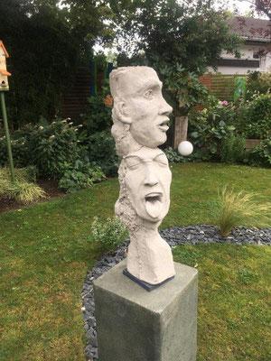 Die vier Gesichter - Beton gegossen - Höhe ca. 70 cm (2020)