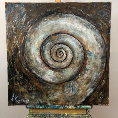 Die Schnecke - oder im Zentrum - Acryl, Bronze- und Eisenpatina, Kreide 80 x 80 x 1,5 cm (2018)