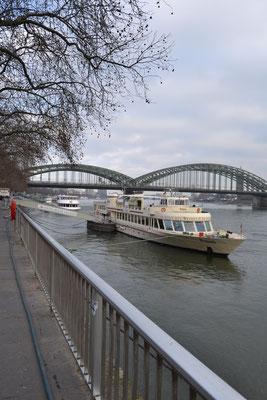 Hohenzollernbrücke/Rheinpromenade