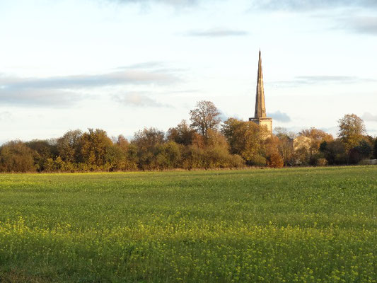 St Marys Kidlington evening sun