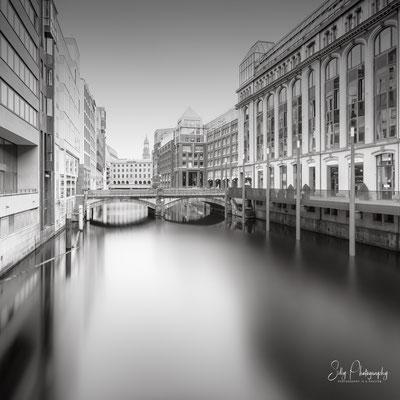 Hamburg / Bleichenfleet, Langzeitbelichtung, 2021, © Silly Photography