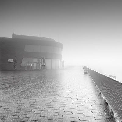 Hamburg / Landungsbrücken, Hamburger Hafen, Langzeitbelichtung, 2021, © Silly Photography