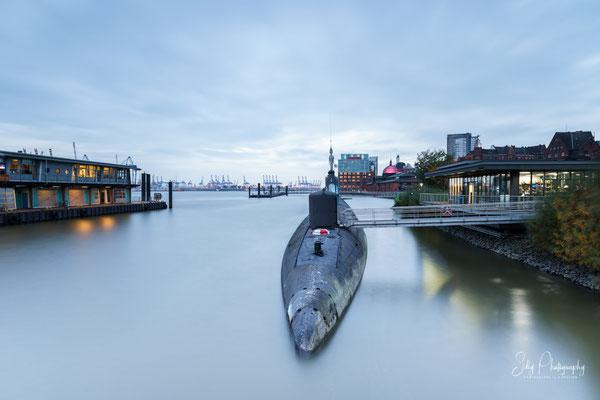 Hamburg / Hamburger Hafen, U-Boot, Langzeitbelichtung, 2016, © Silly Photography