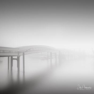 Hamburg / Überseebrücke, Hamburger Hafen, Langzeitbelichtung, 2020, © Silly Photography