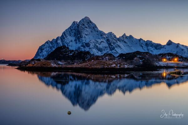 Lofoten / Kabelvåg / Storvågan, Langzeitbelichtung, 2019, © Silly Photography