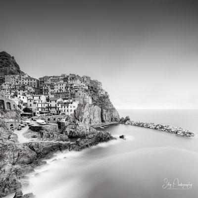 Italien / Ligurien / Cinque Terre / Manarola, Langzeitbelichtung, 2019, ©Silly Photography