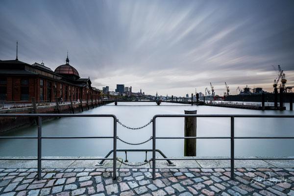 Hamburg / Fischmarkt, Hamburger Hafen, Langzeitbelichtung, 2016, © Silly Photography