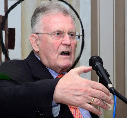 Ministerpräsident a.D. Dr. Erwin Teufel bei seiner Ansprache