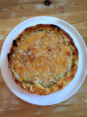 Mandel-Aprikosenkuchen