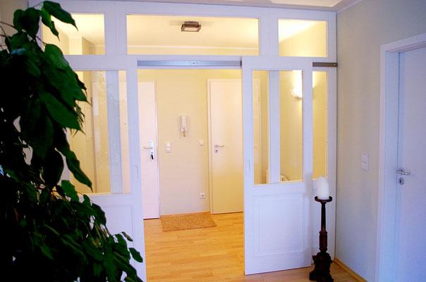 Eingangsbereich Schiebetür, Innenarchitekt Rolf Kullmann, Atelier Feynsinn Köln Mülheim