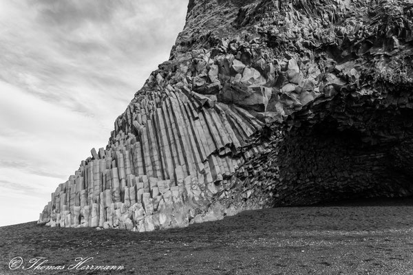 Basaltsäulen am Lavastrand Nähe Vik i Myrdal in Island
