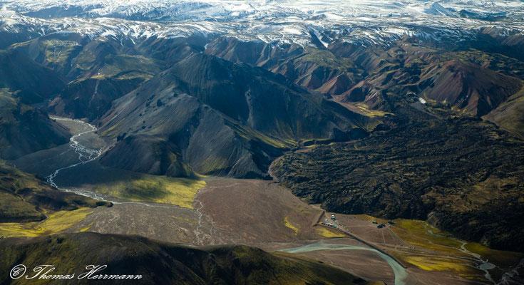 Mit dem Flugzeug Richtung Landmannalaugar - Island 2013