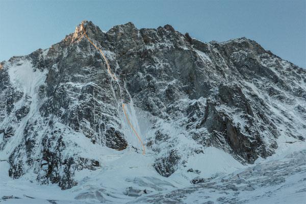 Grandes Jorasses Nordwand, Colton-McIntyre-Führe (grober Verlauf) © Fritz Miller