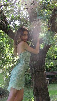 Susanna Silicani  green backless dress