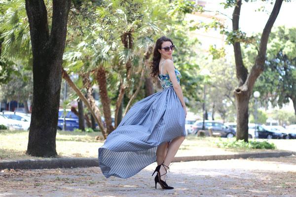 Street-chic ensemble/outfit, two piece dress