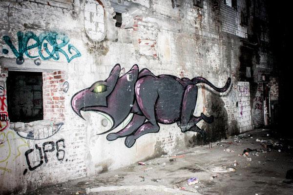Graffiti Kunst in alten Fabrikhallen