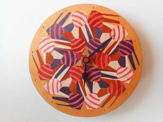 Pendule Poissons façon Escher - pendule en marqueterie - atelier Eclats de bois - 38 Isère