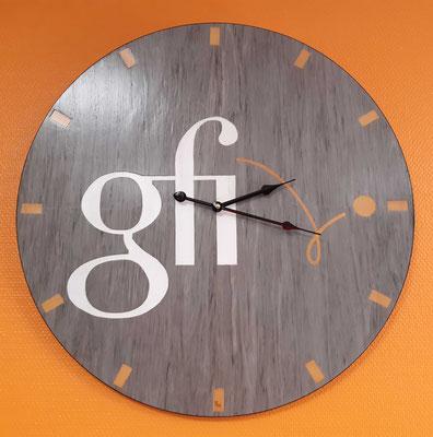 Pendule personnalisée Gfi - pendule en marqueterie - atelier Eclats de bois - 38 Isère