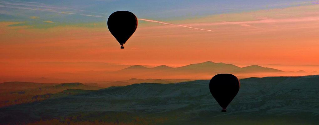 Ballooning in Cappadocia V (Türkei-2017.03.19) - © 2017-03 by Richard von Lenzano