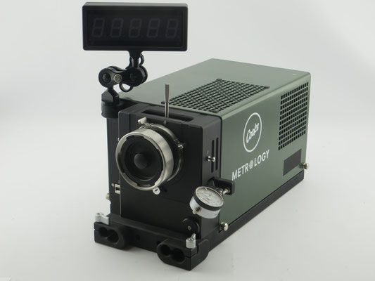 Cooke Lens Test Projector - puhlmann.tv