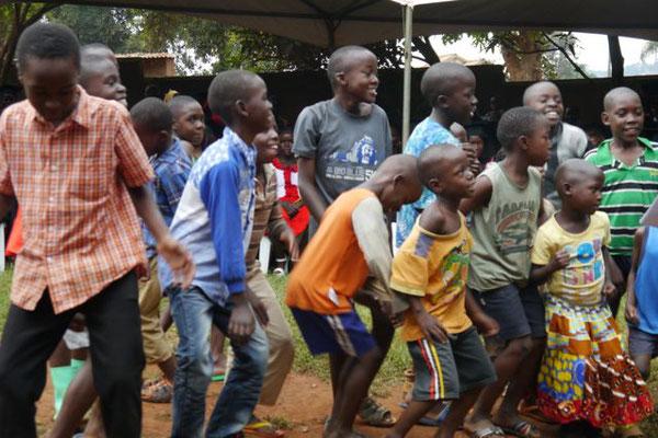 Somero Graduation-Feier, Dezember 2017, Somero Center, Uganda (© Somero + Brühl Stiftung)