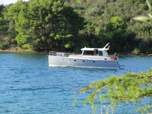 Lanfahrt Verdränger Motorboot