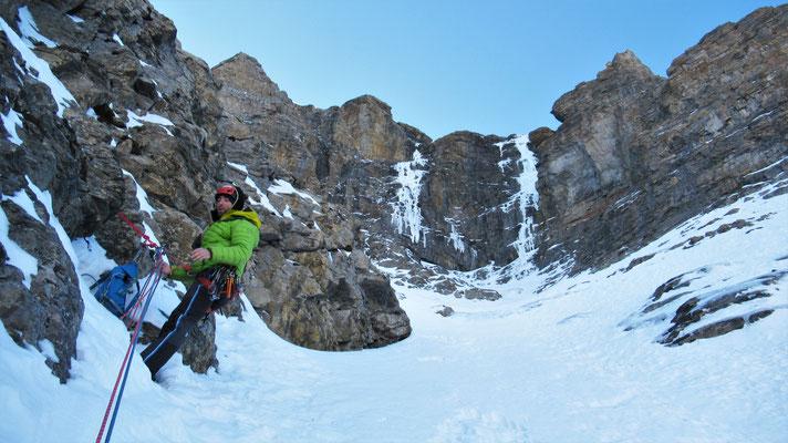 Les longueurs de sortie sont en vue  -  Cascade guide Maurienne