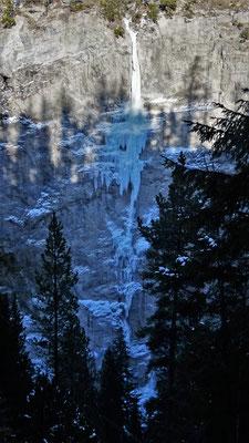L2 et L3 vues d'en face - Glacenost / Sarret-c't-un Jeu / Cascade de Glace / Haute-Maurienne
