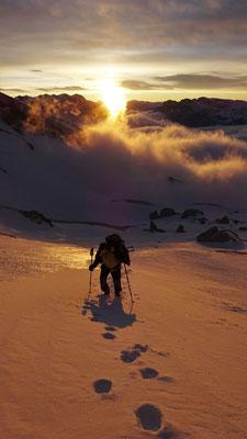 Michel au lever du soleil - Grand Ferrand / Dévoluy / Guide de Haute Montagne