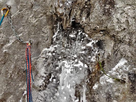 Le ménage est fait! Glacenost, cascade de glace Haute-Maurienne