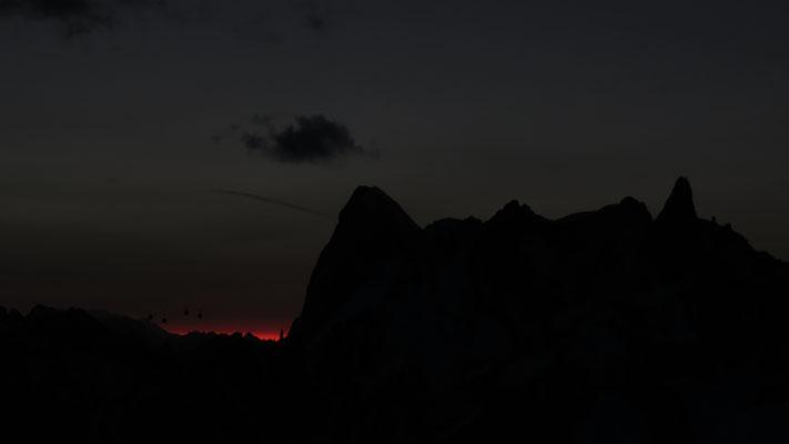 Après le lever de lune, le lever du jour