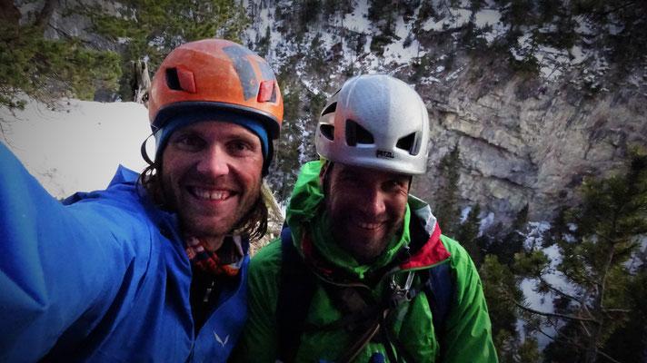 Une belle aventure! Sarret-c't'un jeu, gorge de Glacenost, cascade de glace Maurienne