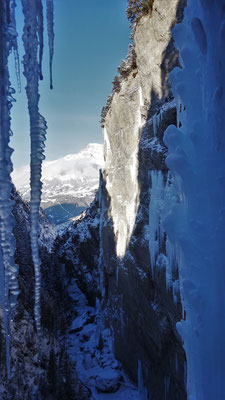 Du côté de Sarret-c't-un Jeu - Glacenost / Directe de gauche / Cascade de Glace / Haute-Maurienne