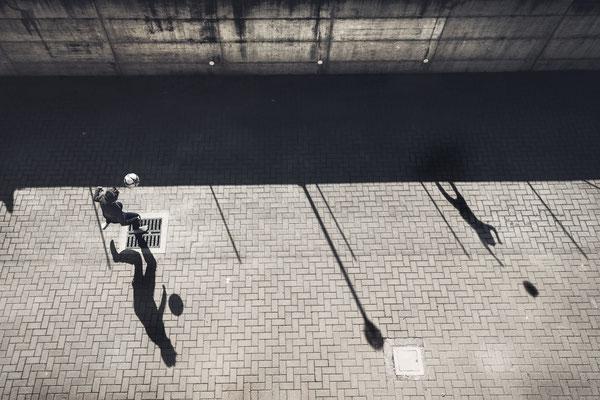 """4° classificato: Enzo Fornione - """"Io gioco da solo"""""""